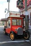 Antieke voedselvrachtwagen Stock Foto