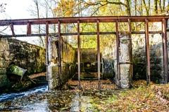 Antieke watertunnel voor oude molen royalty-vrije stock fotografie