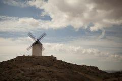 Antieke windmolens in La Mancha Royalty-vrije Stock Afbeeldingen