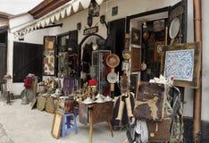 Antieke winkel op de markt in Sarajevo royalty-vrije stock foto's