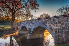 Antietam Burnside桥梁在秋天 免版税库存照片
