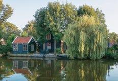 A antiga aldeia piscatória Haaldersbroek Imagens de Stock Royalty Free