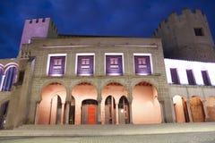 Antiga câmara municipal iluminada por luzes conduzidas, Espanha Foto de Stock