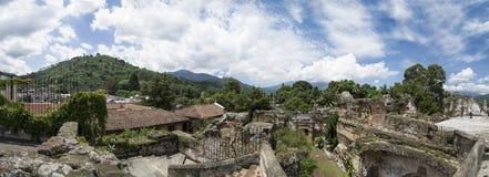 Antigua den Guatemala kyrkan fördärvar Fotografering för Bildbyråer