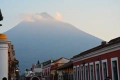 Antigua Kolorowy Stary miasteczko W Gwatemala obrazy stock
