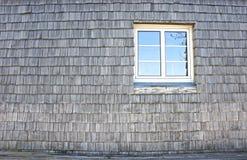 Antiguidade de madeira do vintage da janela da parede Fotos de Stock Royalty Free