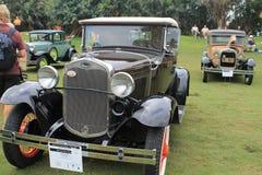 Antik amerikansk bil på händelsen Royaltyfria Foton