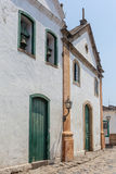 Antik arkitektur och gata i staden av Paraty - RJ Royaltyfria Bilder