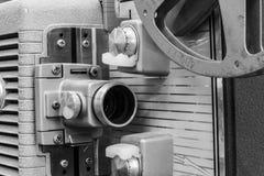 Antik filmprojektor från 40-tal eller 50-taldropp Arkivbild