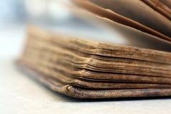 Antik/gammal bok Fotografering för Bildbyråer