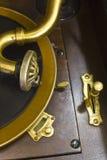 Antik grammofonskivspelare 1 Arkivbild