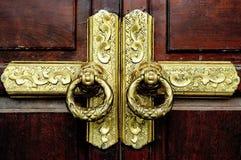 Antik guld- tappningstil för dörr Royaltyfria Bilder