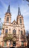 Antik kyrklig byggnad i paris Arkivbild