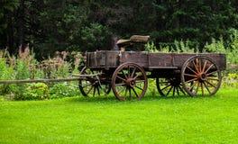 Antik landsvagn Fotografering för Bildbyråer