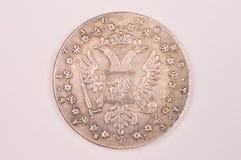 Antik rysk kejsarinna nedåtgående Anna för silverrubelmynt 1730 Royaltyfri Fotografi