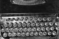 Antik skrivmaskin V Royaltyfri Bild