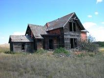 antik tegelsten dilapidated huset Arkivbild