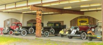 Antika bilar Arkivbilder