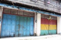 Antika dörrar i Thailand Royaltyfri Fotografi