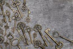 Antika guld- tangenter Arkivbild