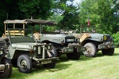 Antika militära bilar Arkivfoto