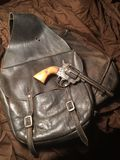 Antika sadelpåsar & pistol Royaltyfria Bilder