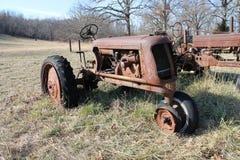 antika traktorer Arkivbilder
