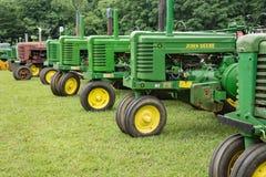 antika traktorer Arkivfoto