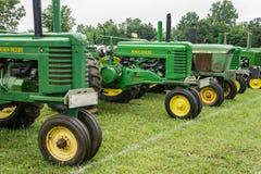antika traktorer Fotografering för Bildbyråer