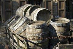 Antike Bierfässer Stockfoto