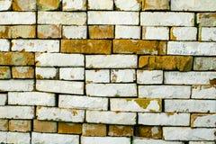 Antike braune Backsteinmauer Alter Ziegelstein Die Beschaffenheit der Backsteinmauer Weinlese-Effekt stockfoto