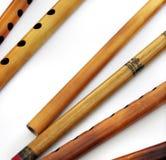 Antike ethnische traditionelle indische Flöten Stockfoto