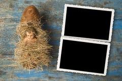 Antike Figürchen des Babys Jesus Lizenzfreie Stockfotografie