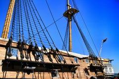 Antike Fregatte der portugiesischen Marine in Almada lizenzfreie stockfotos