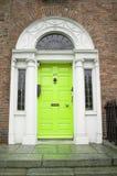 Antike georgische Tür in Dublin Lizenzfreie Stockbilder