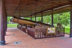 Antike Kanonen bei Hue Citadel Stockbilder