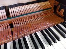 Antike Klavierinnenraumteile Lizenzfreies Stockfoto