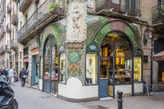 Antike Konditorei in Ramblas-Straße, Barcelona Lizenzfreie Stockbilder