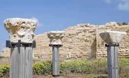 Antike Pfosten an der alten Stadt von Caesarea Stockfoto