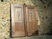 Antike Türen bei Sacra di San Michele Stockfotos