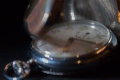 Antike Taschen-Uhr stockbild