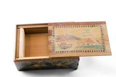 Antiker japanischer Puzzlespielkasten stockbild