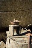 Antiker Kaffeeschleifer Lizenzfreie Stockfotos
