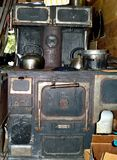 Antiker Monarch-Woodburning Ofen stockfotos