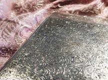 Antiker silberner Zigarettenkasten Lizenzfreie Stockbilder
