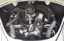 Antiker Volkswagen-Käfer-Motor lizenzfreie stockbilder