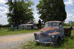 Antiker Weinlese-Klassiker Rusty Pickup Truck Lizenzfreies Stockfoto
