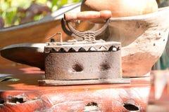 Antikes Eisen ist ein dekoratives Haus im Erholungsort lizenzfreies stockfoto