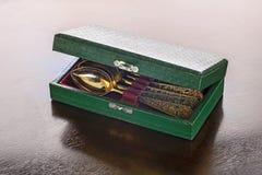 Antikes Gold löffelt Kasten Lizenzfreie Stockbilder