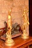 Antikes Metallschöne Idole im Palast von Bangalore lizenzfreie stockbilder